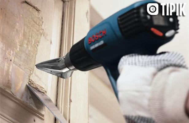 Как снять старую краску с деревянной двери своими руками 1