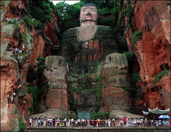 Самые величественные памятники мира 2