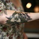Классные тату для девушек с цветами на руке - подборка (31 картинка) 23
