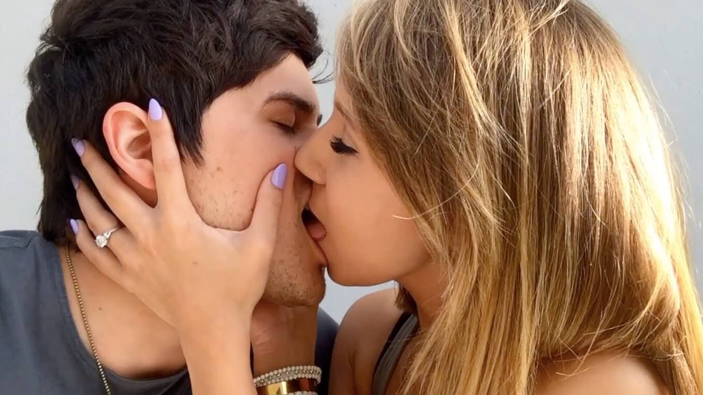 картинки как они целуются карта тогула