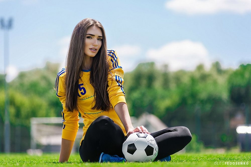 Картинки с футбола девушек