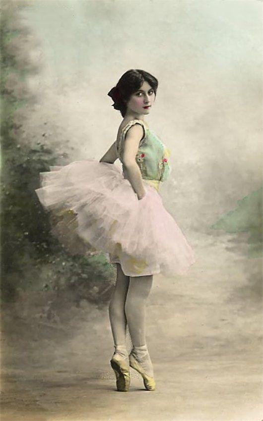 Старинные балерины открытки