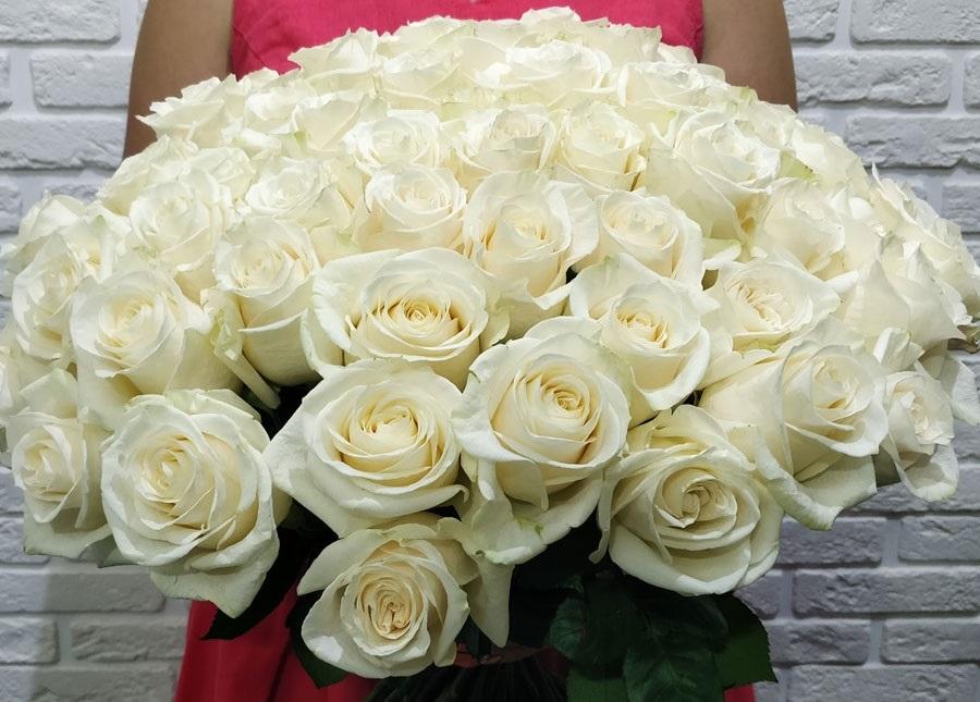 степи, картинки охапка белых роз с кольцом цветы увидеть этой